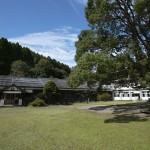 廃校をデッキキャンプ場に!鹿児島「リバーバンク森の学校」がクラウドファンディングに挑戦中
